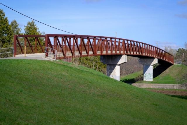 Canon FD 50mm - Fuji XT1 (Velvia) - Peterborough - Walking Trail Bridge