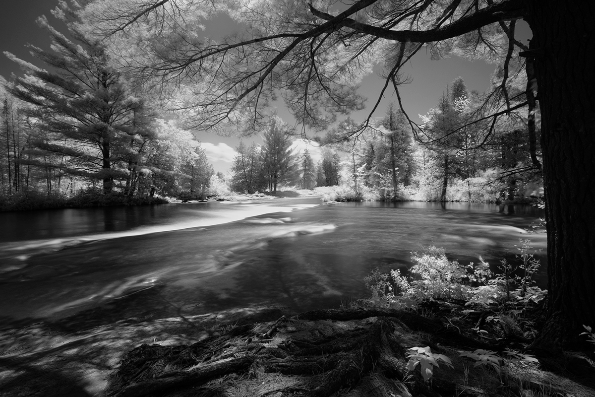 Fuji XT2 + 10-24/4 + 720nm IR Filter - Kawartha Highlands Park