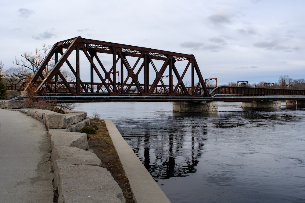 Canon FD 24mm F2.8 - Old Rail Bridge - Peterborough